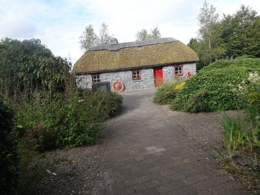 Dick Dowling herd's cottage   Milltown Heritage Group
