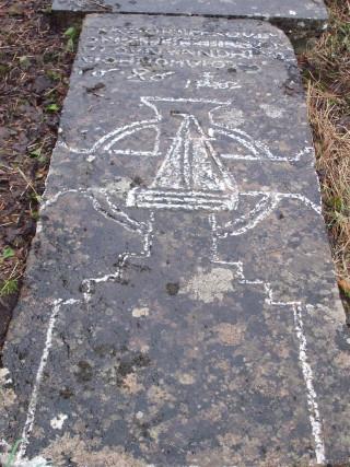 Moycullen graveslab (1)