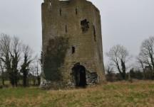 Ballynahivnia Castle