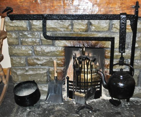 Bermingham's house Meelick blacksmith made crane. | Christy Cunniffe