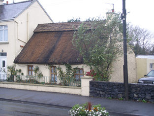 Claregalway Thatched house/ Courtesy of National Inventory of Architectural Heritage