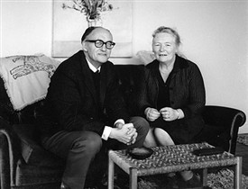 Walter Macken and his wife Peggy | Kennys.ie