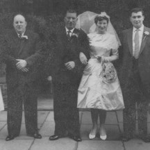 Geraldine Spillane, Paddy Walsh, Rimmy Walsh, Margaret Connolly, Jimmy Connolly and flowergirl c1960 | Photo Credit Margaret Connolly Hackett