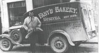 Fahy's Bakery delivery van, Monivea. | Photo Courtesy of Gerry Cooke