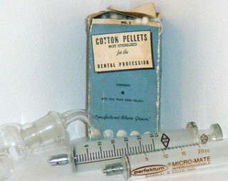 Medical Syringes | © Copyright Control