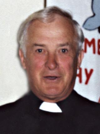 Fr. Arthur Devine   © Gerry Costello