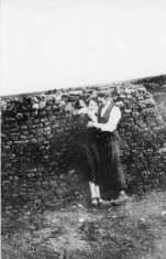Couple by reek of turf, 1926