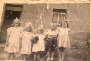 Hawkins Family, Beech Hill   Courtesy of Gabrielle Leslie