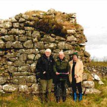 Tony Murphy, Geoffrey Cuffe, Fran Murphy in Liskeavy graveyard | Mr Cuffe