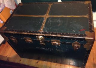 Chest containing Pat and Peggys belongings on their return from America | Photo: Dolores Stephens and Bernadette Tully