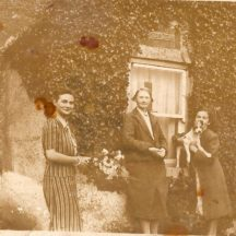 Lou Hanrahan, Julia Hanrahan and Mrs. Conroy, Garra | Killererin Heritage Society
