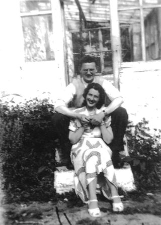 John & Kit Cribbin (nee Hurney) at Annagh | Imelda Cribbin