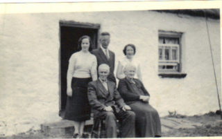 Hurney family at Annagh.  Back Row L-R:  Nell, John, Mary (absent Peter, Kit).  Front Row L-R:  Pat, Cassie. | Imelda Cribbin