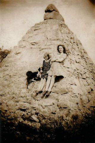 Pyramid marker at Annagh: Mary & Nell Hurney | Imelda Cribbin