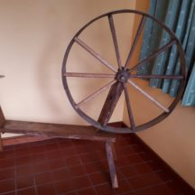 Spinning Wheel believed to have belonged to Nora Egan Thumnasragh.  Tim Griffin has a living memory of his mother Catherine Bohan and grandmother Mary Bohan (nee Walsh) using this spinning wheel. | Photo Courtesy of Tim Griffin