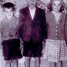 Tommy, Jackie and Maisie McDonagh | Photo courtesy Bina McDonagh
