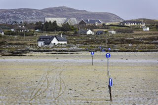 The Omey Strand crossing to Claddaghduff from Sturrakeen at low tide  | Roger Harrison