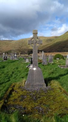 Cross and Graves