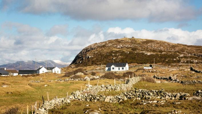 Hill of Doon | Roger Harrison