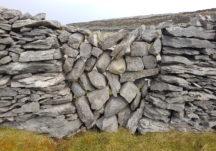 An example of many Bearna, stone gates on Inis Oírr