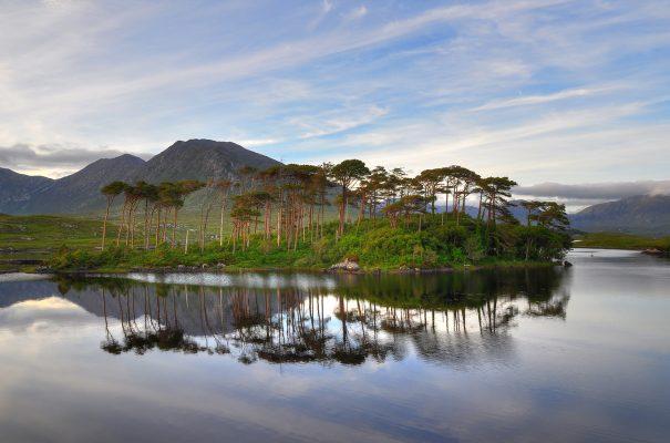 Derryclare, Connemara | Robert Riddell