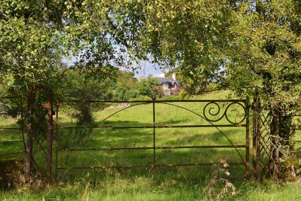 The head gardener's cottage | Robert Riddell