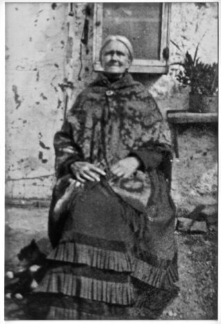Alice (Walsh) Walsh of Laghtgannon, 1865-1948