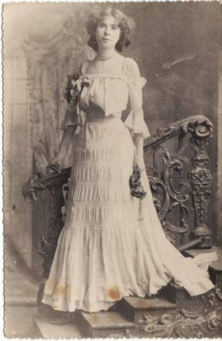 Isobel Lyons - 1905 |  Photo Courtesy of Maurice Lyons